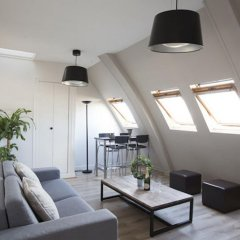 Отель Amazing Saint Germain and Seine Flat Париж комната для гостей фото 2