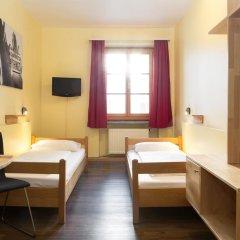 Euro Youth Hotel Munich Мюнхен комната для гостей фото 4