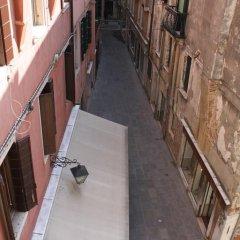 Отель The Academy Кровать в общем номере фото 8