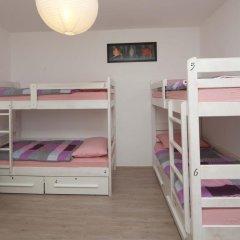 Pozitiv Hostel Кровать в общем номере с двухъярусной кроватью фото 4