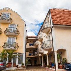Отель Villa Mediterran Венгрия, Хевиз - 1 отзыв об отеле, цены и фото номеров - забронировать отель Villa Mediterran онлайн парковка