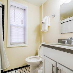 Отель Ginosi Dupont Circle Apartel ванная фото 2