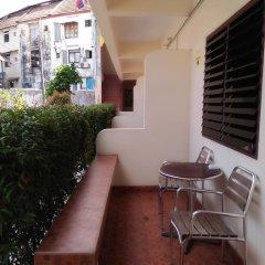 Patong Peace Hostel балкон
