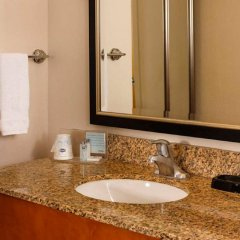 Отель Hampton Inn & Suites Houston-Medical Ctr-Reliant Park 3* Стандартный номер фото 5
