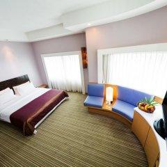 Village Hotel Changi 4* Номер Делюкс с различными типами кроватей фото 6