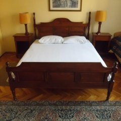 Отель Berk Guesthouse - 'Grandma's House' 3* Стандартный семейный номер с двуспальной кроватью фото 40