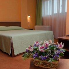 Adelfiya Hotel 2* Стандартный номер с двуспальной кроватью фото 5