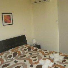 Отель Polyxenia Isaak Villa 30 Кипр, Протарас - отзывы, цены и фото номеров - забронировать отель Polyxenia Isaak Villa 30 онлайн комната для гостей фото 4
