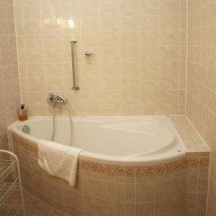 Отель U Cerneho Medveda- At The Black Bear Апартаменты с различными типами кроватей фото 15