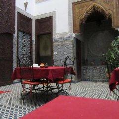 Отель Riad Youssef Марокко, Фес - отзывы, цены и фото номеров - забронировать отель Riad Youssef онлайн интерьер отеля фото 3