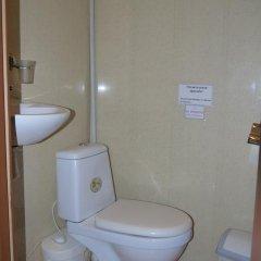 Гостиница Атмосфера на Большом Санкт-Петербург ванная