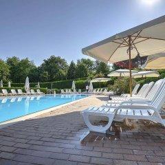 Отель Flaminio Village Bungalow Park Италия, Рим - 3 отзыва об отеле, цены и фото номеров - забронировать отель Flaminio Village Bungalow Park онлайн бассейн фото 3