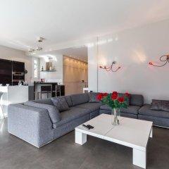 Отель La Tour Sarrasine Франция, Ницца - отзывы, цены и фото номеров - забронировать отель La Tour Sarrasine онлайн комната для гостей фото 5