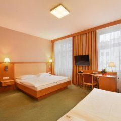 Hotel Lucia 3* Стандартный номер с различными типами кроватей фото 3