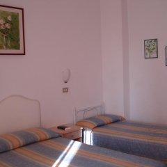 Отель Albergo B&b Serafini 2* Стандартный номер фото 2