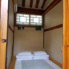 Отель Gong Sim Ga 2* Стандартный номер с различными типами кроватей (общая ванная комната) фото 5