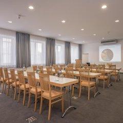 Отель Am Moosfeld Германия, Мюнхен - 3 отзыва об отеле, цены и фото номеров - забронировать отель Am Moosfeld онлайн помещение для мероприятий фото 2