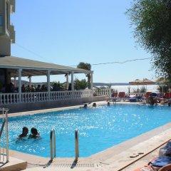 Отель Poseidon Cesme Resort � All Inclusive Чешме бассейн фото 3