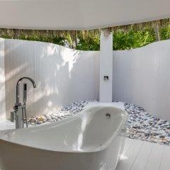 Отель Kihaad Maldives 5* Вилла с различными типами кроватей фото 15