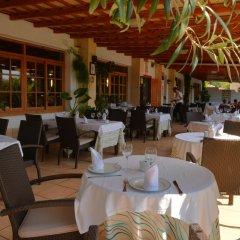 Отель Apartamentos Turísticos Cabo Roche питание фото 2