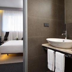 Гостиница Four Elements Ekaterinburg 4* Люкс двуспальная кровать фото 3