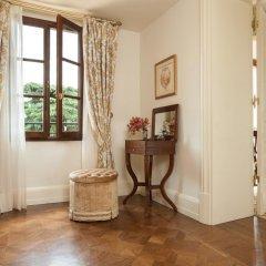 Four Seasons Hotel Firenze 5* Представительский люкс с различными типами кроватей фото 8