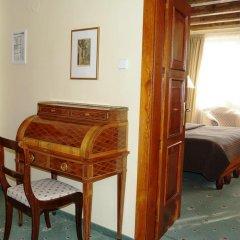 Отель U Tri Pstrosu 4* Апартаменты фото 20