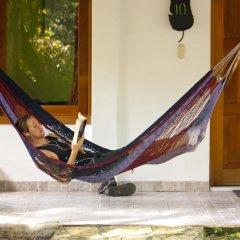 Hotel Jaguar Inn Tikal 3* Бунгало с различными типами кроватей фото 13
