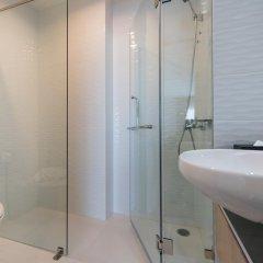 Отель Thonglor 21 Residence By Bliston Бангкок ванная фото 2