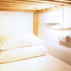 Отель 5footway.inn Project Ann Siang 2* Кровать в общем номере с двухъярусной кроватью фото 5
