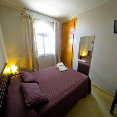 Отель Hostal La Muralla Стандартный номер с различными типами кроватей фото 7