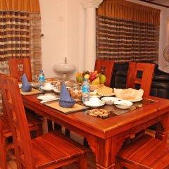 Отель Villa Thotiya питание