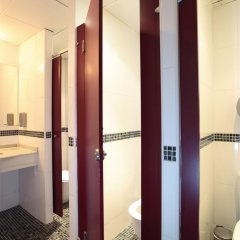 Center Valencia Youth Hostel ванная