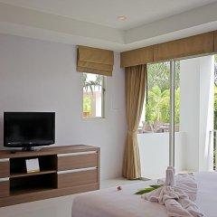 Отель Bangtao Tropical Residence Resort & Spa 4* Студия Делюкс с двуспальной кроватью
