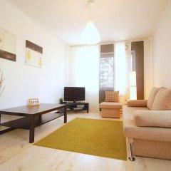 Апартаменты Alpha Apartments Krasniy Put' Омск комната для гостей фото 5
