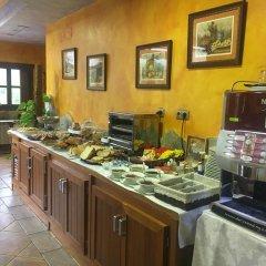 Отель La Lluriga питание
