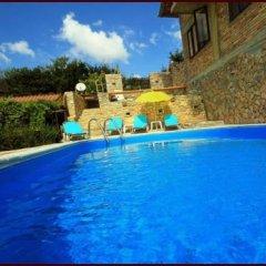 Отель Casa de Artes Guest House Болгария, Балчик - отзывы, цены и фото номеров - забронировать отель Casa de Artes Guest House онлайн бассейн фото 3