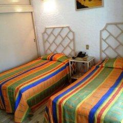Sands Acapulco Hotel & Bungalows 2* Бунгало с разными типами кроватей фото 20