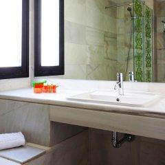 NH Suites Prisma Hotel ванная