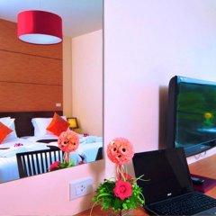 Отель Phuket Jula Place 3* Улучшенный номер с различными типами кроватей фото 15