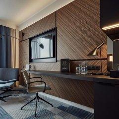 Отель Courtyard by Marriott Katowice City Center 4* Представительский номер с различными типами кроватей фото 3