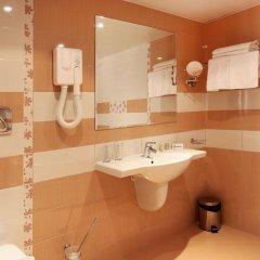 Отель Interhotel Cherno More 4* Улучшенный номер с различными типами кроватей