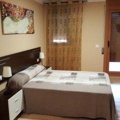 Отель Pension Restaurante AVENIDA сейф в номере