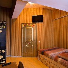 Гостиница 12 Месяцев 3* Стандартный номер 2 отдельные кровати