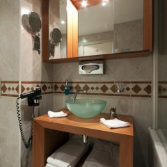 Отель Golden Prague Residence 4* Улучшенные апартаменты с различными типами кроватей фото 33