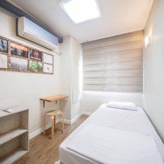 Хостел Itaewon Inn Стандартный номер с различными типами кроватей (общая ванная комната)