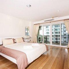 Апартаменты Pratumnak Hill Apartment 1 Bedroom Паттайя комната для гостей фото 3