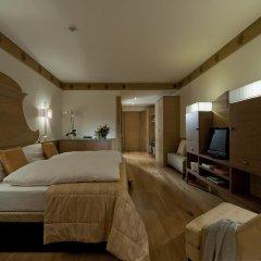 Grand Hotel Savoia 5* Номер Делюкс с различными типами кроватей фото 4