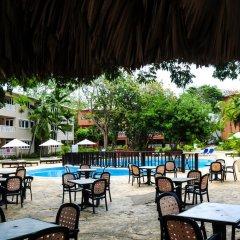 Отель Gusto Tropical Dependance Доминикана, Бока Чика - отзывы, цены и фото номеров - забронировать отель Gusto Tropical Dependance онлайн бассейн фото 2