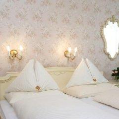 Hotel Pension Baronesse 4* Стандартный номер с различными типами кроватей фото 9